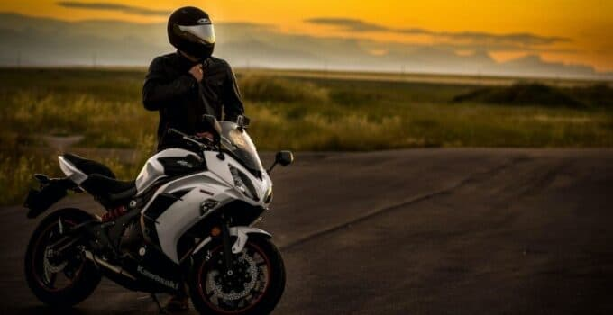 Best motorcycle helmet for noise reduction