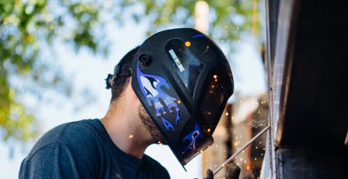 best welding helmet under 150$